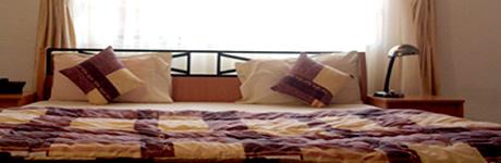 La Playa Suites room