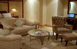 Victoria Crown Plaza Hotel Studio Room