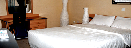 Nanet Suites room