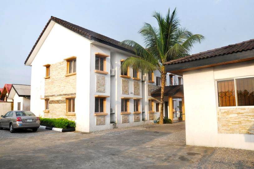 Adrian's Place and Apartments, Calabar