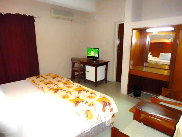 Kakanfo Inn, GRA Ibadan