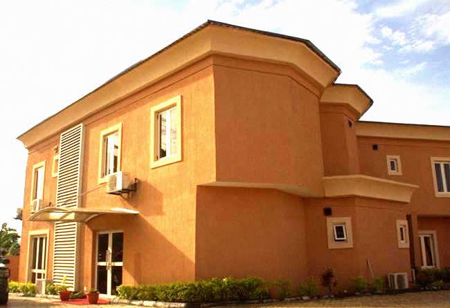KrisCourt Hotel, Ile-Ife