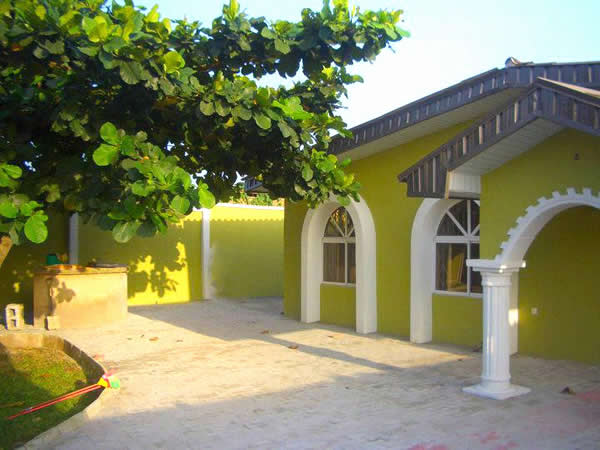 Courtyard Bungalow Ibadan Hotels In Ibadan Cometonigeria
