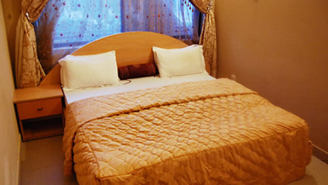 Kebbi Hotel room