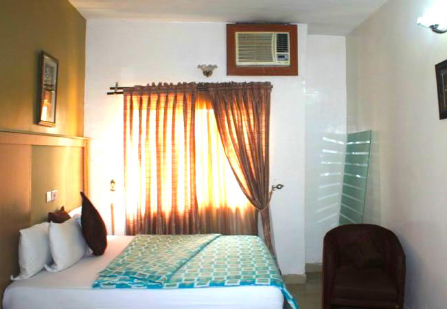 Lekki Oxford Hotel room