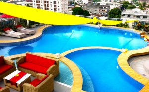 Benin Royal Hotel pool